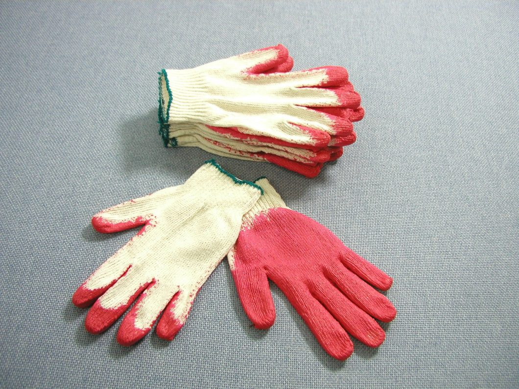 work-gloves-865500_1920